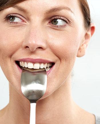 Какви храни трябва да избягвам по време на менопаузата?