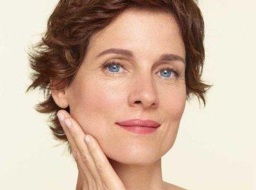 Менопауза и загуба на колаген: защо кожата ми се отпуска?