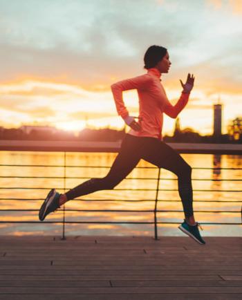 Вкъщи, на работното място, докато пътувате за работа: интегриране на фитнес и спорт в ежедневието