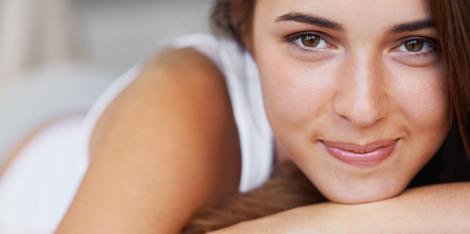 Борба с уморената кожа: съвети за по-добър сън за красота
