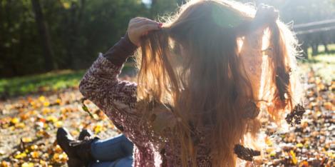 Защо през есента? Сезонът, когато листата на дърветата падат, а хората губят повече от косата си