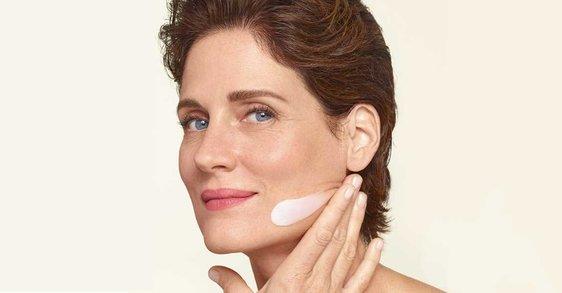 Менопауза: как мога да хидратирам кожата си на 50 години?