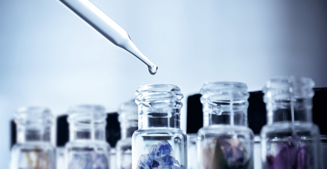 Минерализираща или антиоксидантна грижа за кожата: какви минерали са подходящи за Вашата кожа?